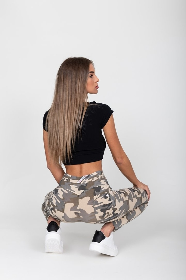 Hugz Camo Light Mid Waist Jegging, M - 2
