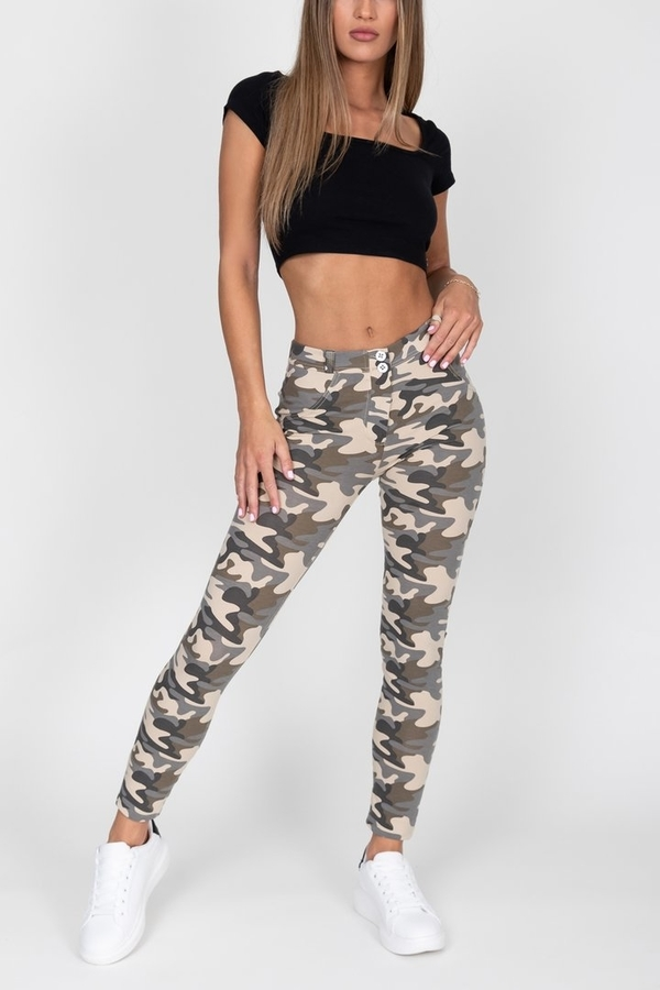 Hugz Camo Light Mid Waist Jegging, M - 6